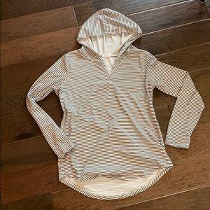 🔥3/$20 B&W striped pullover